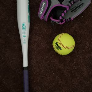 Girls Softball Bat And Glove for Sale in Ontario, CA