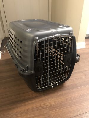 Travel crate for medium sized dog/cat for Sale in Alexandria, VA