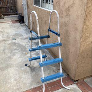 Pool Ladder for Sale in Pomona, CA