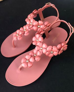 Pink floral sandals for Sale in Fontana, CA