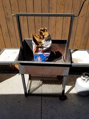 30x20 santa maria grill bbq smoker for Sale in Moreno Valley, CA