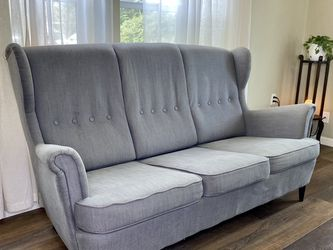 IKEA Grey Strandmon 3-Seat Sofa 🛋 FREE DELIVERY! for Sale in Portland,  OR