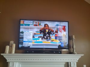 SHARP Aquos 60 inch smart TV for Sale in Cranberry Township, PA