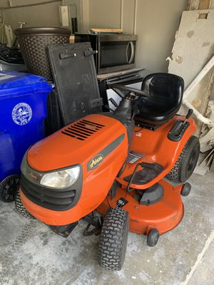 Ariens lawn mower/ tractor 46 inch deck 20 hp for Sale in Southwest Ranches, FL