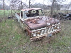 VINTAGE 1950'S OR 60'S FORD CUSTOM CAB PICK-UP TRUCK FOR PARTS OR RESTORATION. for Sale in Waxahachie, TX