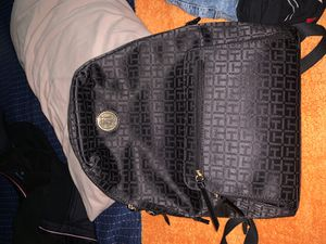 Tommy hilfiger backpack for Sale in Lincoln Acres, CA
