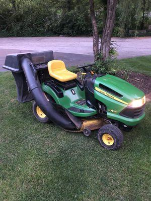 John Deere LA115 rididing lawn tractor for Sale in Orland Park, IL