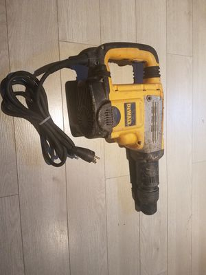 "DEWALT D25712 CTC 1-7/8"" SDS PLUS HAMMER DRILL for Sale in Woodbridge, VA"