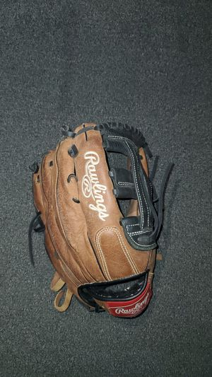 Rawlings outfield glove for Sale in Vista, CA