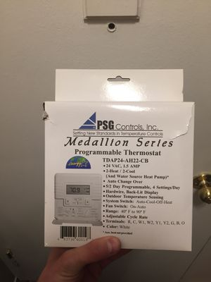 Progrmabale thermostat for Sale in Denver, CO