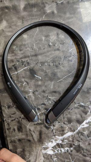 Harmon Kardon Platinum bluetooth headphones for Sale in Sanford, FL