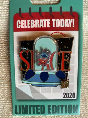 Stitch Disney Pin National Space Day LE2000 Limited Edition Pin for Sale in San Pedro, CA