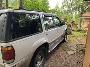 Ford Explorer Eddie Bower edition 1996 for Sale in Granite Falls, WA