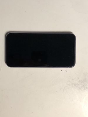 IPHONE 11 full service included if wanted for Sale in Los Angeles, CA