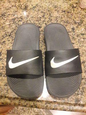 Boys Nike slides size 2Y for Sale in Coconut Creek, FL