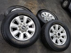 """20"""" Ford f-250 super duty platinum stock wheels tires great shape! for Sale in Bolingbrook, IL"""