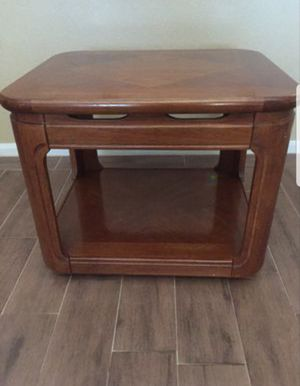 End Table for sale for Sale in San Diego, CA