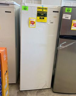 Thomson UpRight 6.33 Deep Freezer ❄️🥶 tfrf690-c upri R0Z for Sale in Los Angeles,  CA