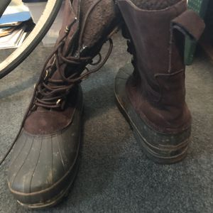 Snow Boots for Sale in Miami, FL