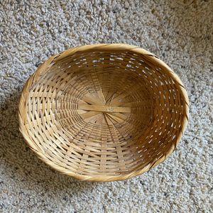 ‼️Light Oval Wicker Basket‼️ for Sale in Edgar, WI