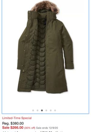 Marmot Chelsea Parka size small for Sale in Chanhassen, MN