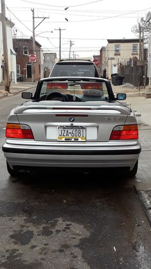 BMW serie 3 convertible for Sale in Philadelphia, PA