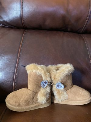 Toddler Girl's size 6 boots for Sale in Winston-Salem, NC