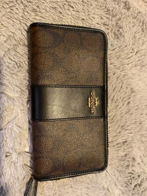 Coach wallet for Sale in Washington, DC