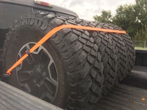 35 12.5 R17 destination MT on jeep hard rock edition wheel for Sale in FL, US
