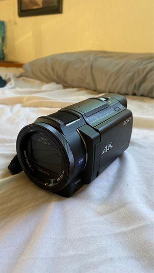 Sony FDR-AX33 4K handyman camcorder for Sale in Newark, CA
