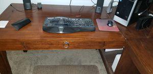 Oak desk for Sale in Apple Valley, CA