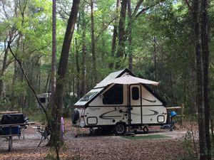 2017 Flagstaff Classic A-frame pop up camper for Sale in Miami, FL