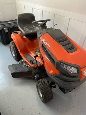 MAKE ME AN OFFER! -Riding Lawn Mower for Sale in Acworth, GA