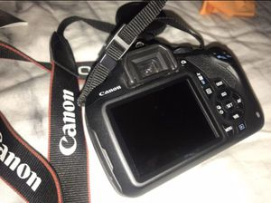 Canon T5 for Sale in Fontana, CA