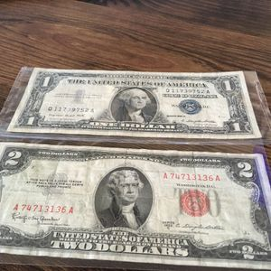 Two Bill's Old Good Condition For Collection Red Stamp And Blue Stamp for Sale in San Jose, CA