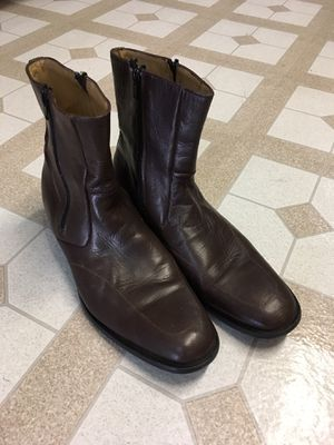 Brown Leather Zip Up Boot for Sale in Detroit, MI