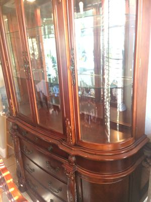 Kitchen table and China cabinet for Sale in Sacramento, CA