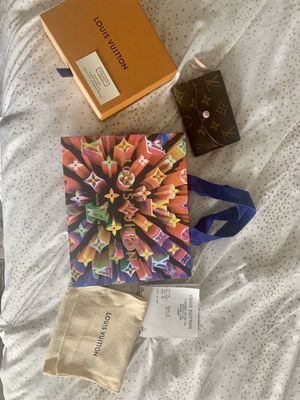 Authentic Louis Vuitton Wallet for Sale in Long Beach, CA