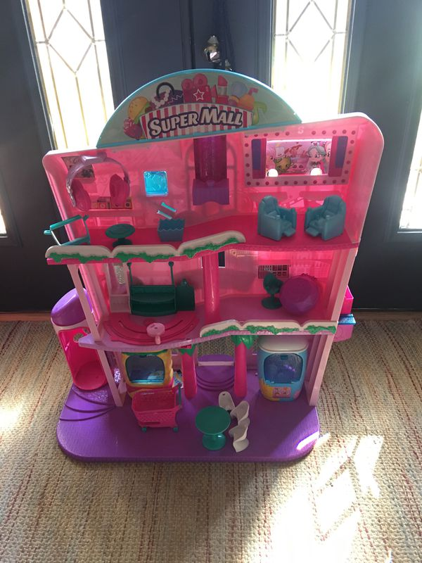 Shopkins super mall
