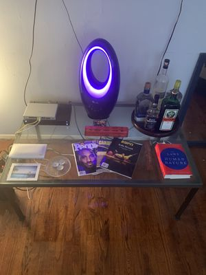 Brass Glass Coffee Table. Excellent Condition for Sale in Long Beach, CA