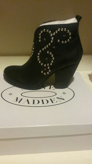 Steve Madden boots. New in box . Size 9 for Sale in Bakersfield, CA