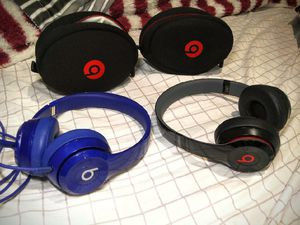 Beats Solo 2 for Sale in Tacoma, WA