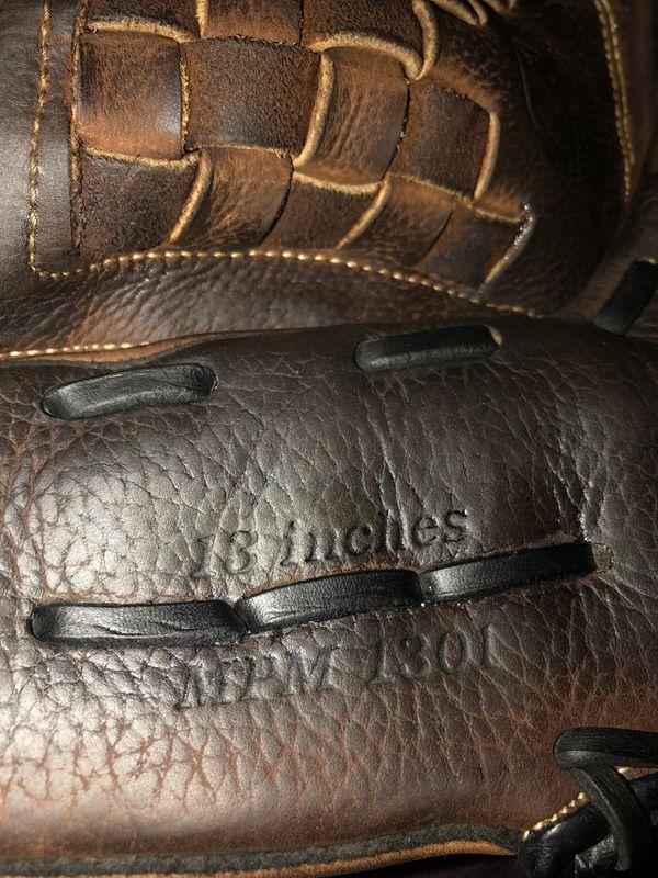 Mizuno Premier Softball Glove