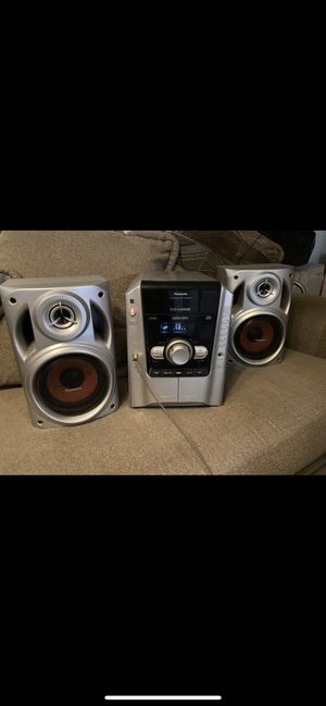 Cd stereo for Sale in Pico Rivera, CA