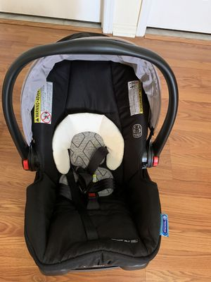 SnugLock™ Technology Carseat - Like New for Sale in Nutley, NJ