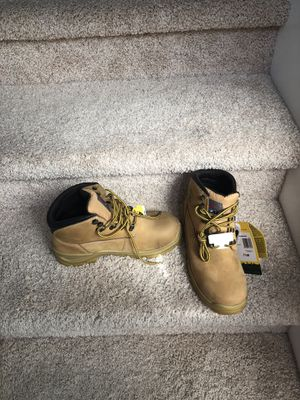 Steel toe New boots weather proof slip resistant water resistant size 7 and 7.5 available obo for Sale in Snohomish, WA