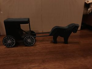 Cute wooden buggy & horse decor for Sale in Manassas, VA