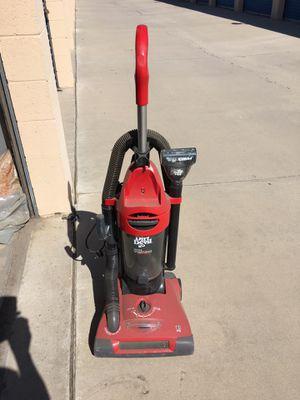 Dirt Devil Vacuum Cleaner for Sale in Seal Beach, CA