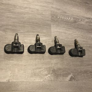 Set Of 4 Used Mercedes Benz OEM TPMS Sensors for Sale in Orlando, FL