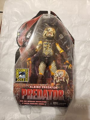 ALBINO PREDATOR NECA . for Sale in Los Angeles, CA